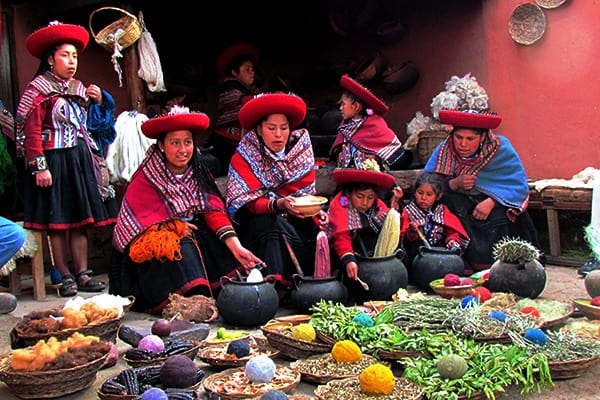 ollantaytambo-women