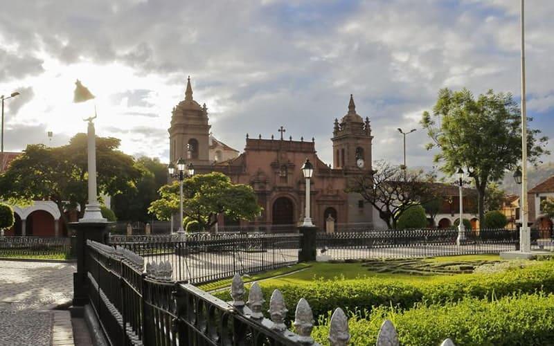 ayacucho-main-plaza-church