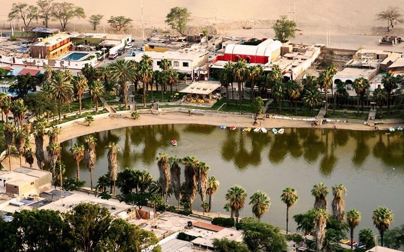huacachina-sandboarding-oasis-min